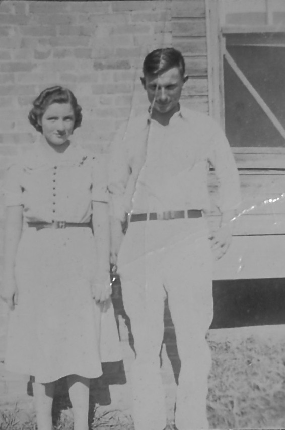 black and white photo of a couple from the 1930s
